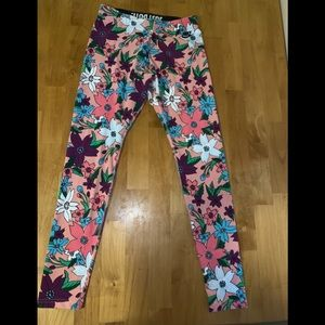 Nike women's legging medium flowers